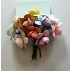 Набор  декоративных цветков вишни в разных тонах пастельного цвета 10 шт.