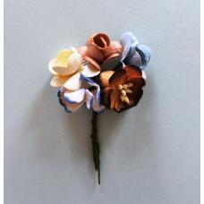 Набор  декоративных цветков вишни в разных тонах коричнево-синего цвета 5 шт.