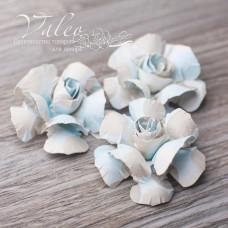 Декоративные бумажные Розы 40*40мм 3шт цвет молочно-голубой 2947 Valeo