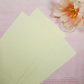 Заготовка для открытки, вертикальная, бледно-желтый, текстура лен, 290 г/м2, 10х15 см
