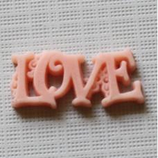 """Пластиковое украшение """"Love"""" кораллового цвета, 23х10 мм"""