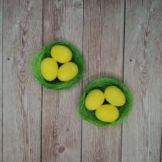 Гнездо из зеленой сезали с яйцами, 6 см, 1 шт