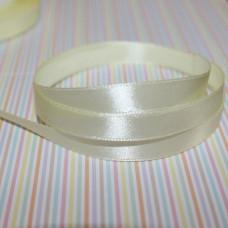 Атласная лента светло-желтого цвета, длина 90 см, ширина 10 мм