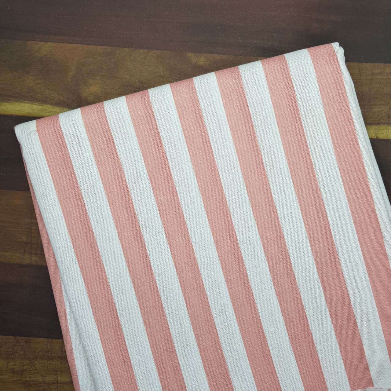 Ткань хлопок Полоса розовая, 25х55 см