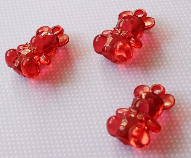 """Акриловая подвеска """"Мишка"""" красного цвета, 35х24х15 мм"""