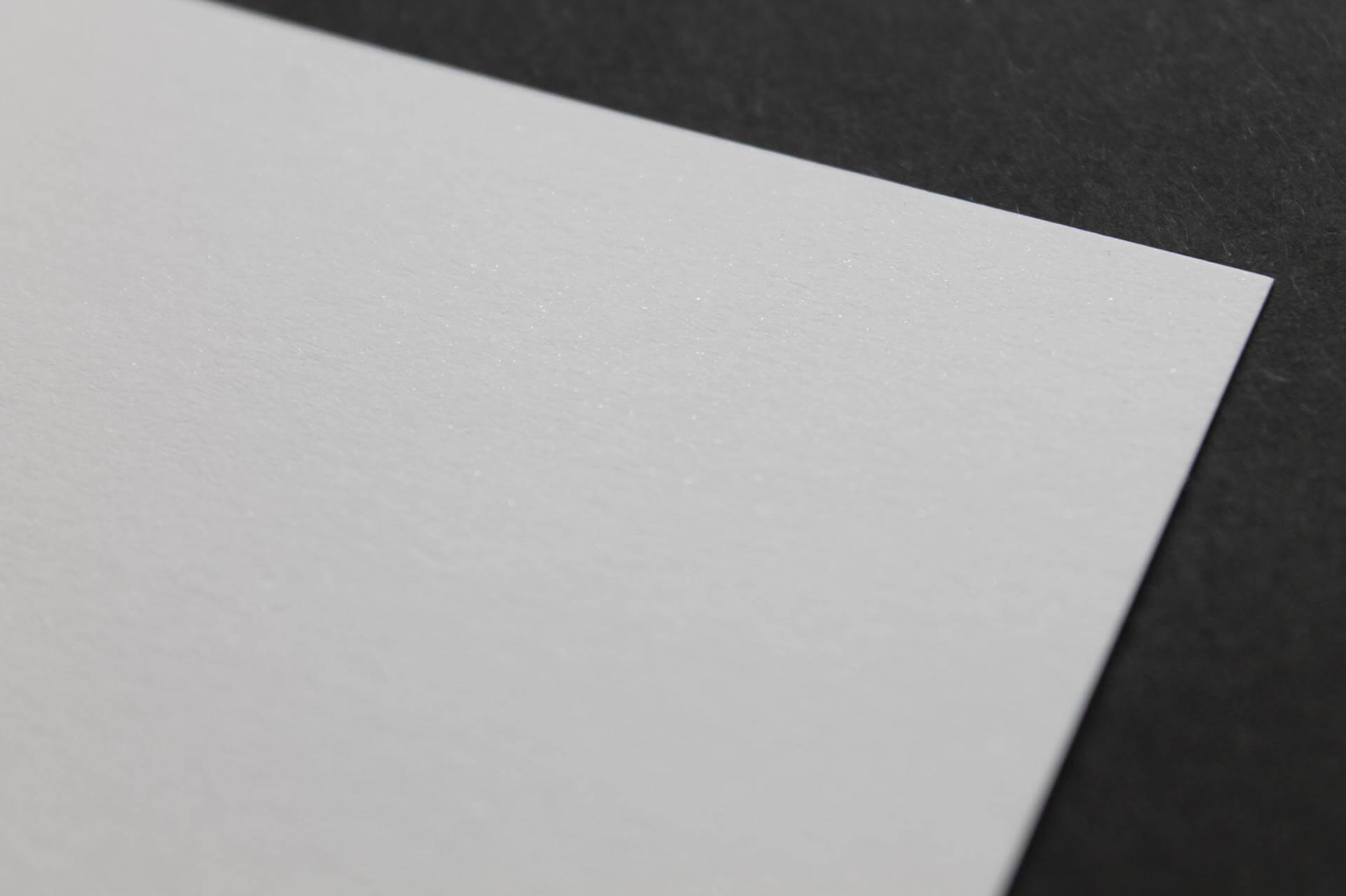 Бумага Malmero perle blanc, 120г/м2, 30х30 см, с блестящим напылением